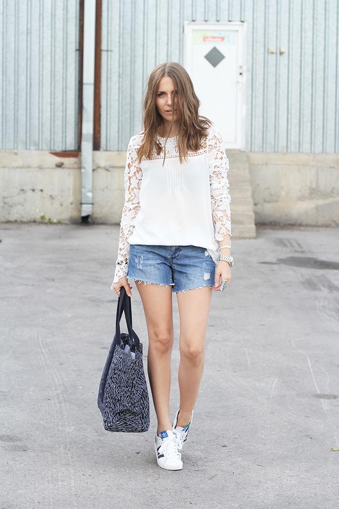 White Lace