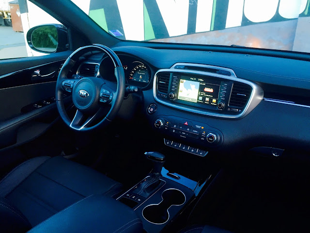 2016 Kia Sorento SX interior