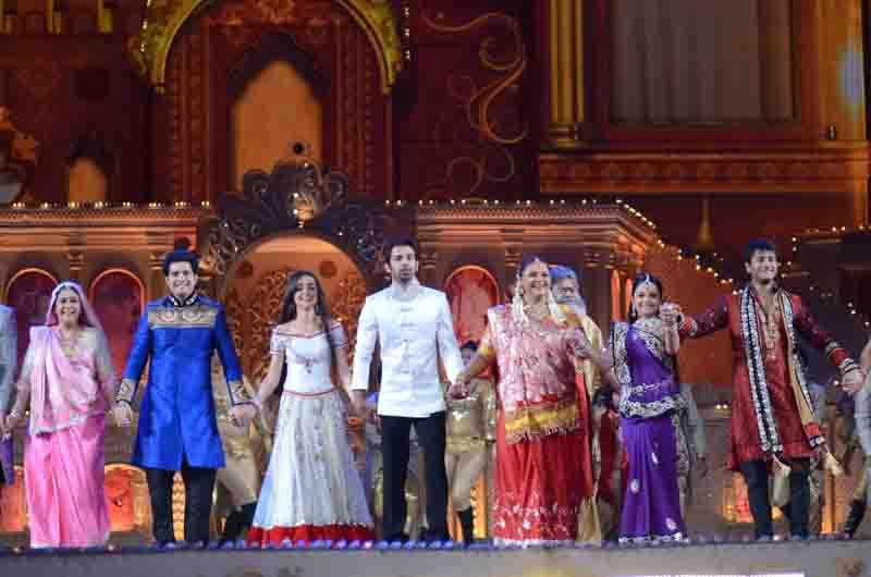 Star parivaar awards 2012 winners images