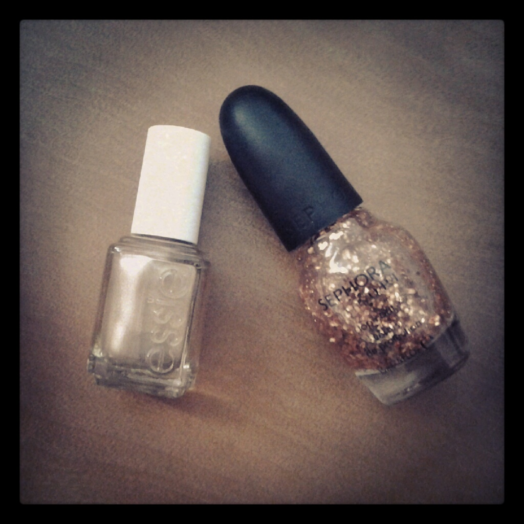 What I Blog About When I Blog About Books: Essie \