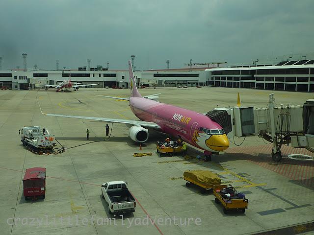 nok air, pink airplane, bangkok