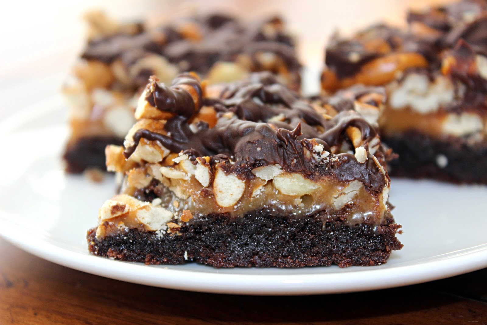 sugar & spice: Salted Caramel Pretzel Crunch Brownies