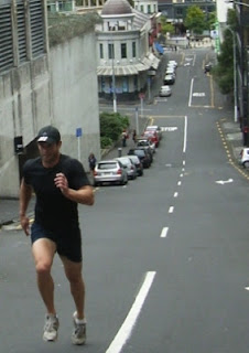 hill running uphill training energia sports .com .au