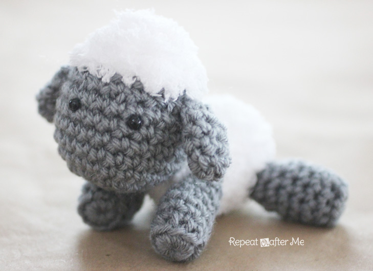 Free Crochet Pattern Baby Lamb : Crochet Lamb Pattern and Baby Mobile - Repeat Crafter Me