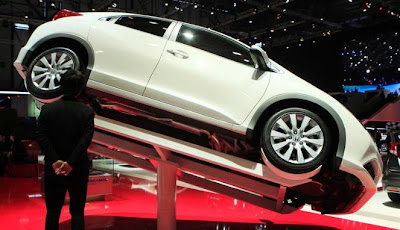 Gambar Mobil Mewah Geneva Auto Show 2012