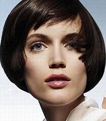 Къса прическа боб - как се прави подстрижка къс дамски боб