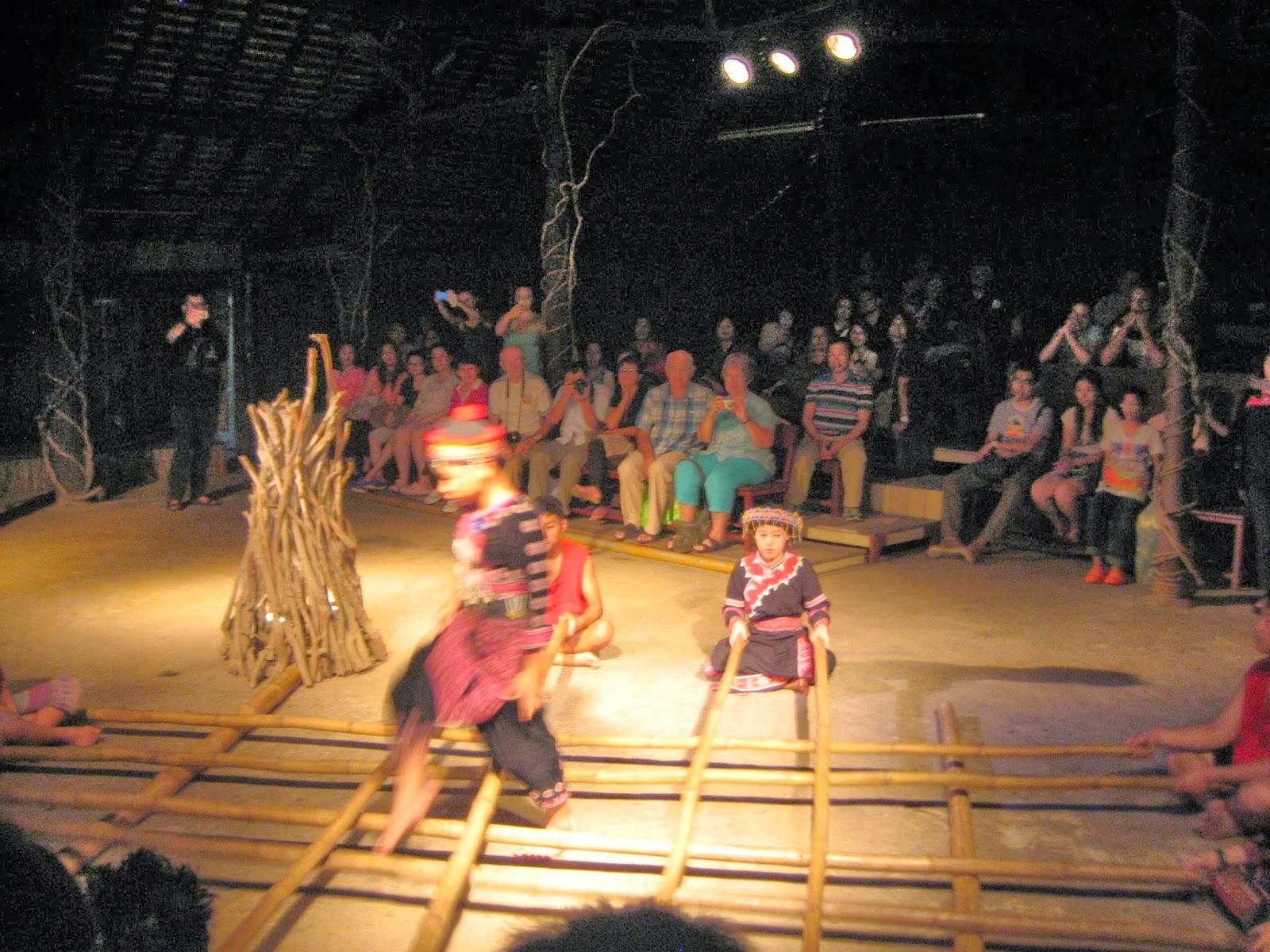 chiang-mai-cultural-center-bamboo-jumping