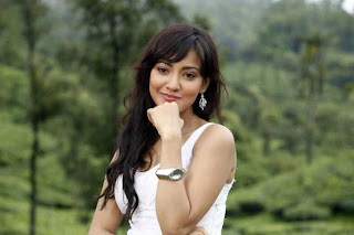 neha sharma in greenery