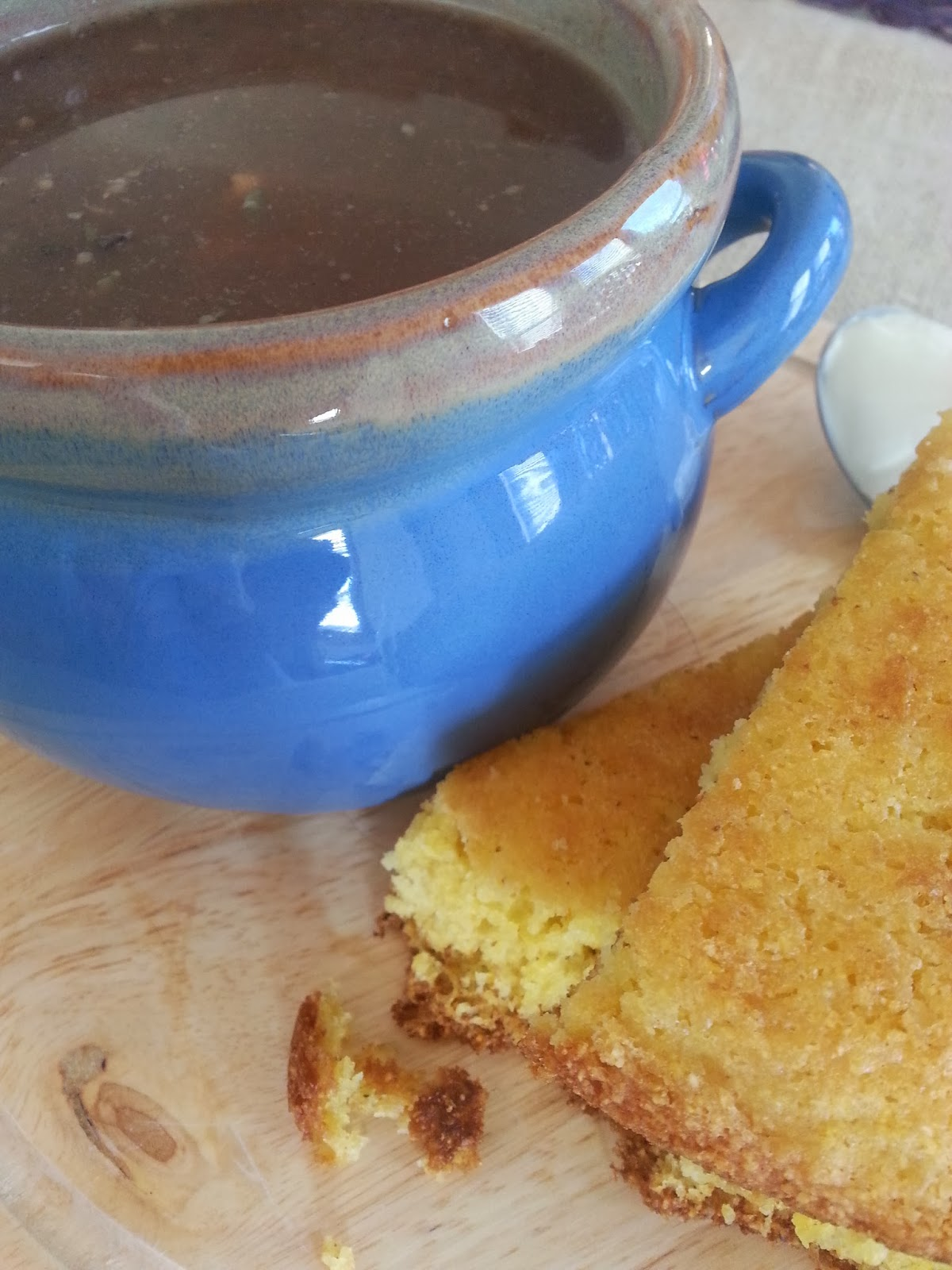 Sweet B's Impressions: Soup Beans and Cast Iron Skillet Cornbread