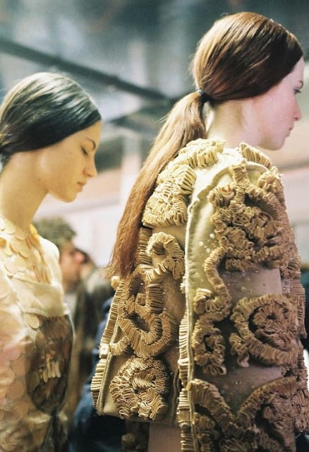christopher-kane-2008 gold-fashion