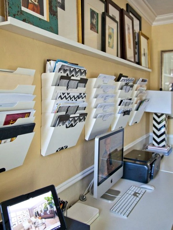 Home office organization tips cozy little house - Organized office desk ...
