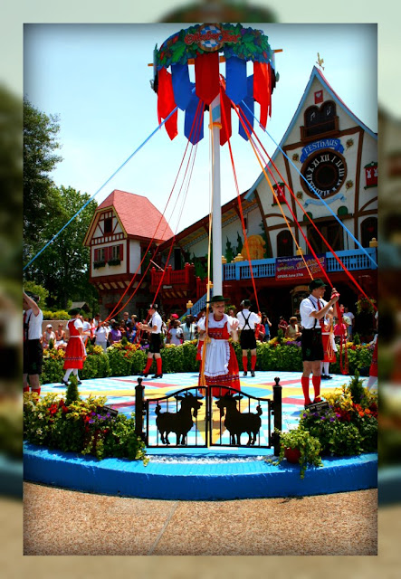 Living In Williamsburg Virginia Maypole Dancing At Busch