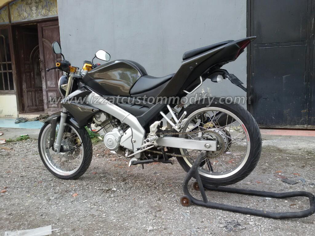 Bodi Belakang R25 Old Vixion Izzat Custom Modify