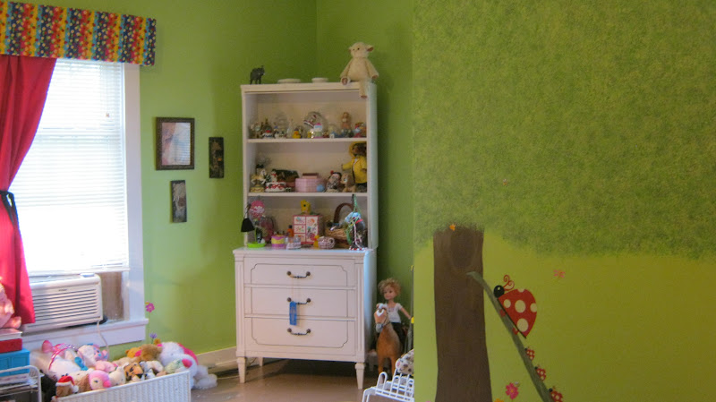 frugalicious chick my grand daughter 39 s ladybug theme bedroom