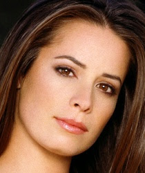 Holly Marie Combs follows Geno's World on Twitter