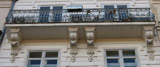 Balcon du 43 quai de Bourbon à Paris