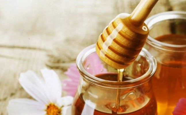اهمية العسل في غذاء الاطفال