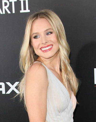 Top 20 Hollywood Celebrities Fashionable Blonde Hairstyles - Kristen Bell