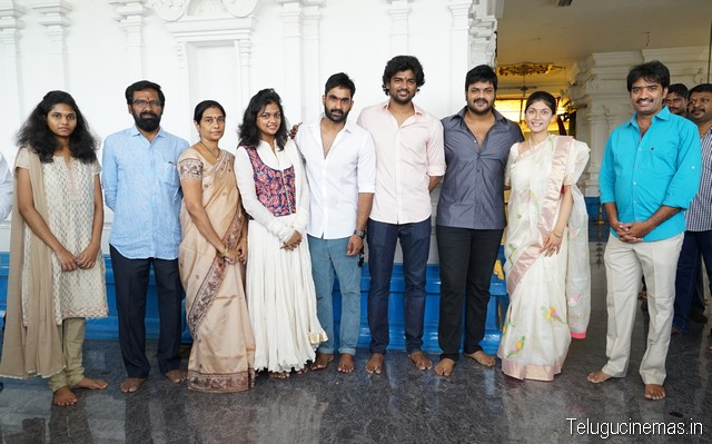 "Manchu Manoj's start with No. 1 jyotnsa Films Production  Rock star Manchu Manoj's (Sidhu From Srikakulam) under the direction of Fame jiisvar jyotnsa Films production of a new company as the No. 1 movie with a pooja ceremony on Sunday (31.5.2015) temple in the morning were philincambar. While Clough hero Manoj Gautam, switched on the camera while Mrs Gautam, Ishwar the direction of the Statue of the Goddess Rajarajesvara muhurtam was shot. Speaking after the hero Manoj - '' the story of the well-liked agreed to make this film. This is the way that all sections of the audience, '' he said. Director Ishwar said - '' given the opportunity to ask .She Manoj garu, thanks to the snow family. In this film, my career, in Manoj's career, jyotnsa Films banner stands as a milestone in the film say that the Promise. Srkipht in terms of the hero, two heroines, with 15 of the other artist would have to be a major part of the shoot in Dubai. Venakadakunda cost producer Jaswant said the same. Jaswant in the quest to build a good film producer. Manoj, with two heroines of the Romantic Journey lavabul star bliss, and Yeung and acted comedy that stands as a highlight. His performance as a total of two hours navvincagalige full length comedy entertainer is this film, ""he said. Jaswant producer said - '' pre-garu, thanks to Manoj. Our first film is to increase value for our banner. Kharcuki liked the story Ishwar venakakunda technical category, with the top artist're planning to film the movie. Regular shooting will start from the second week of July. Soon the technicians, Artist disclose the names. We believe this will be our blessing to all of you success in the first attempt, ""he said."