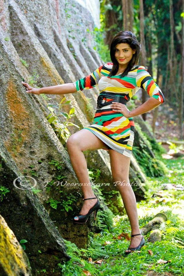 Thilini Gunasekara hot wide legs