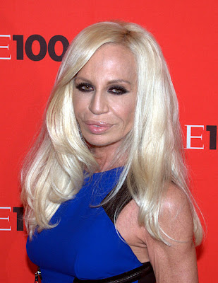 2 Donatella%2BVersace 10 of the World's Most Popular Fashion Designer
