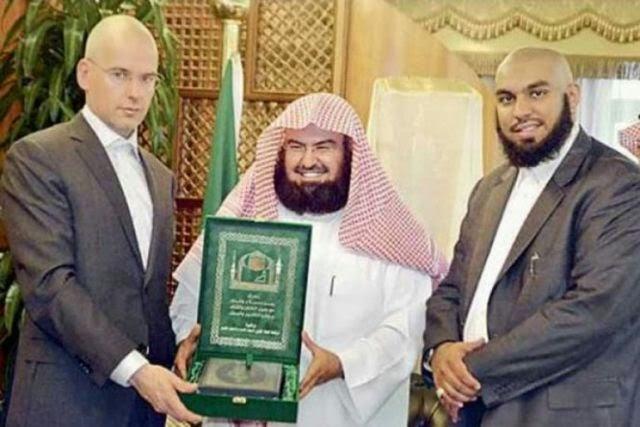 Kisah Van Doorn Produser Film 'Fitna' penghina Islam kini menjadi Mualaf
