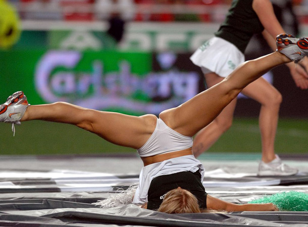 Aquecimento de uma cheerleader