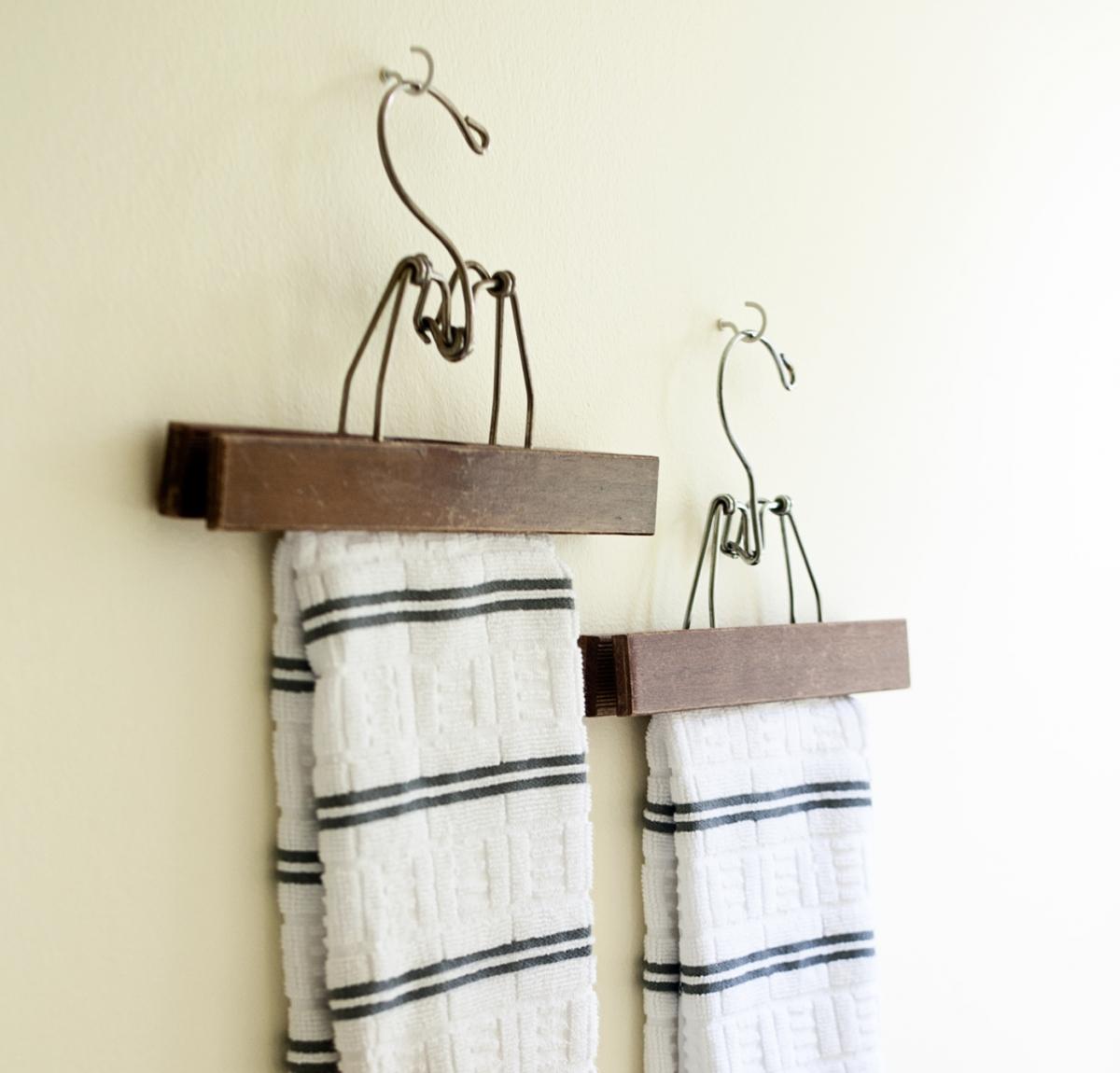 Kilde: Fundet ved at google: Håndklædeholder og Håndklæde ...