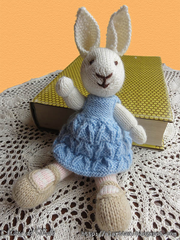 Coco Bunny Girl 1 - Maria del Valle