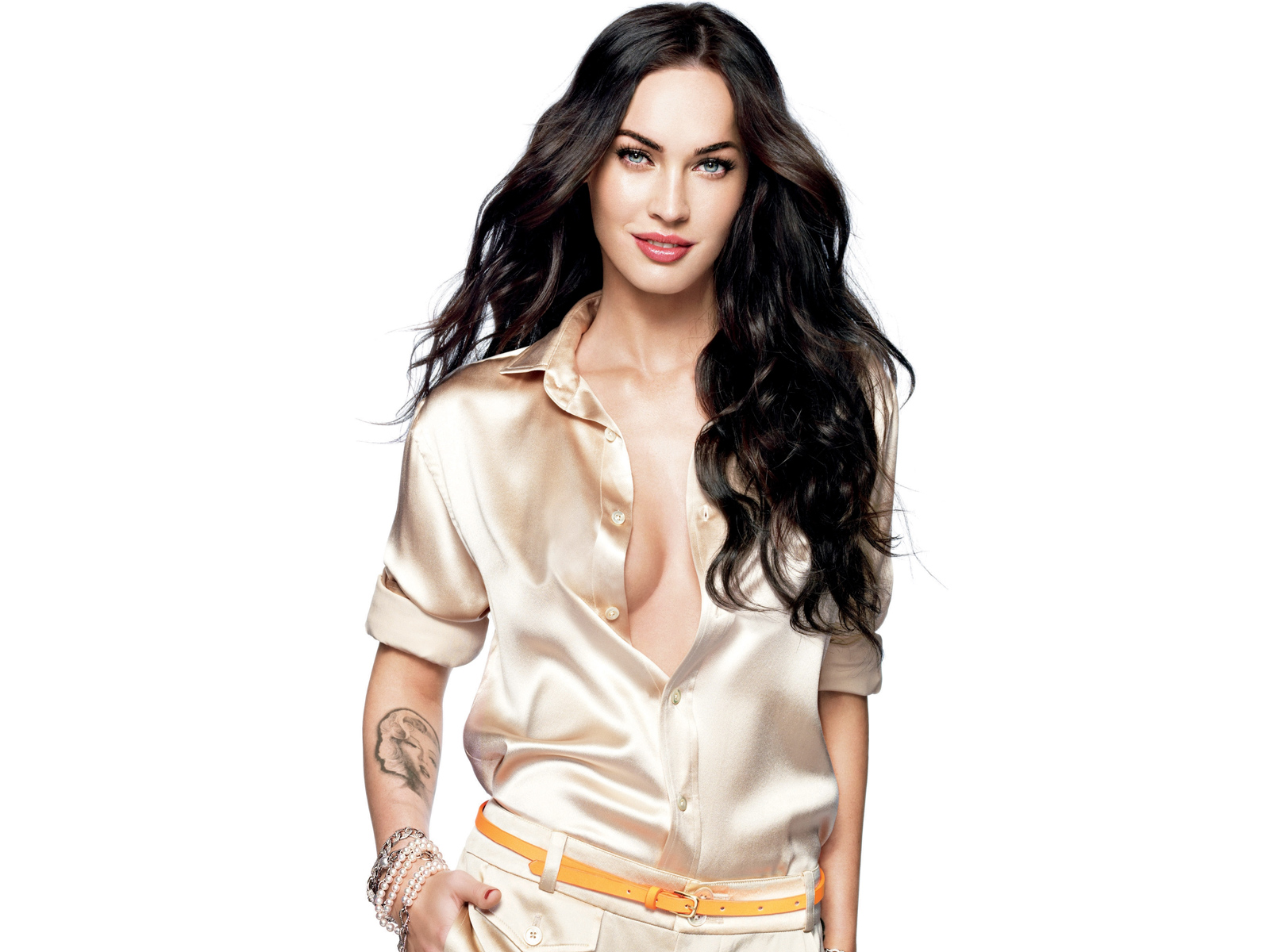 Get Best Latest Photos of Hot Megan Fox. Megan Fox Photo Gallery, Latest Megan Fox Pictures, Pics of Megan Fox, megan fox hot pics, megan fox tattoos Photos, hot pictures of megan fox.