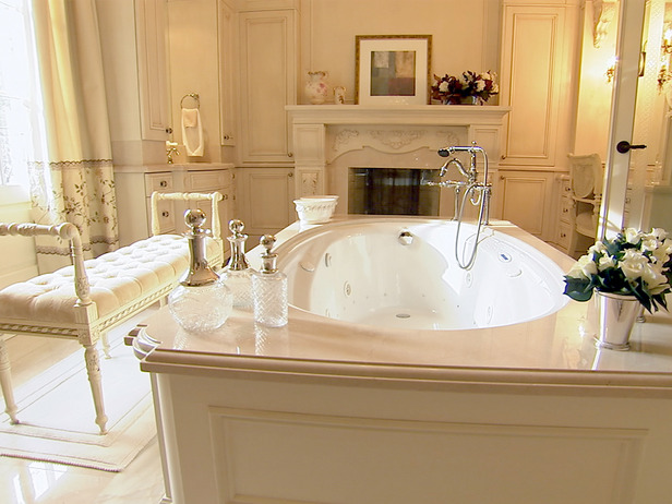 Living with a drip romantic bathrooms for valentines for Romantic bathroom designs for couples