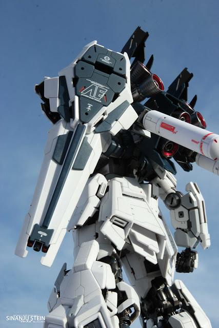 Sinanju Stein Super Details Gundam Century