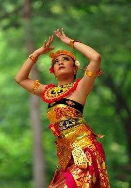 10 Tari Tradisional dari Bali