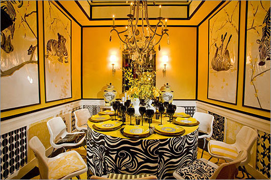 As In The Picture Above With Use Of Dining Room Is Very Bold Yellow Walls Combined Abstract Paintings From Every Corner Even At