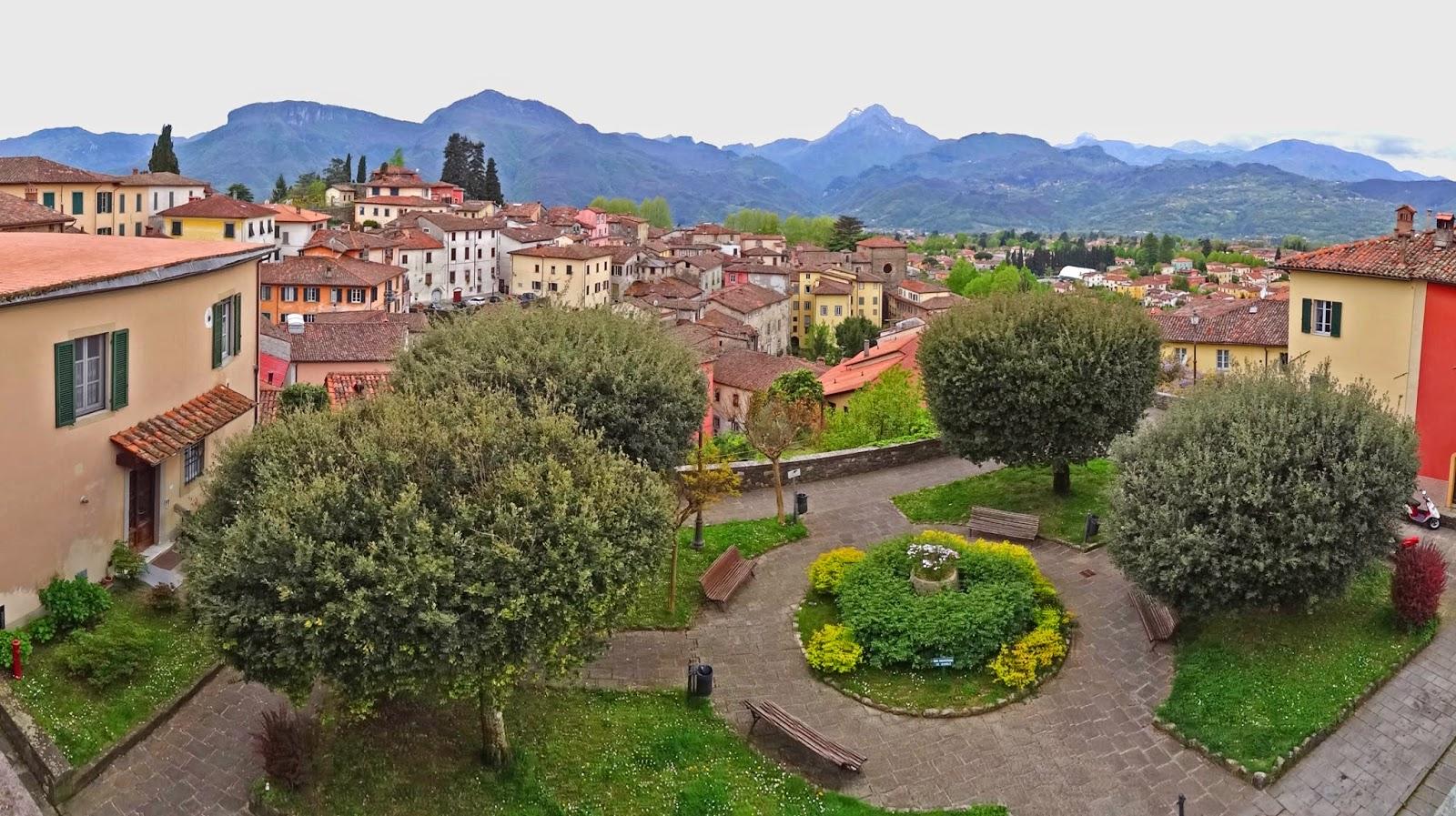 Barga Italy  city photos gallery : Joe's Retirement Blog: Barga, Lucca, Tuscany, Italy