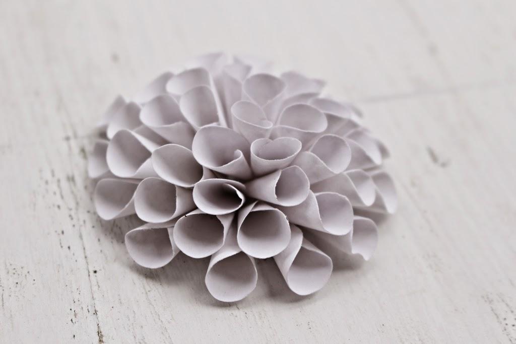 Diy how to make a paper dahlia flower reduce reuse recycle diy how to make a paper dahlia flower mightylinksfo