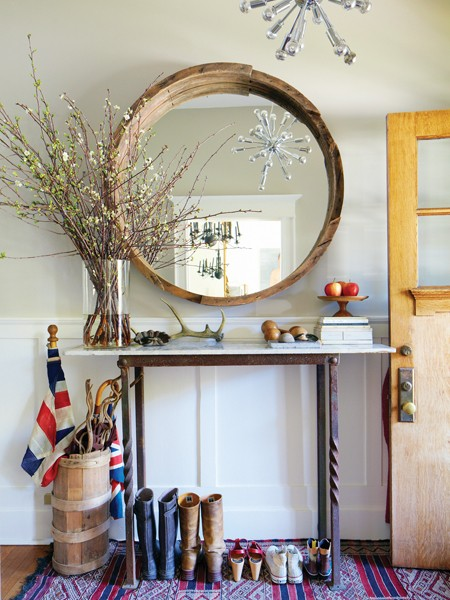 Foyer Table Toronto : Mix and chic home tour a designer s stylishly casual