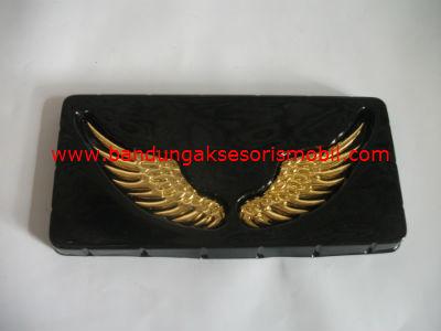 Emblem Sayap Burung Gold