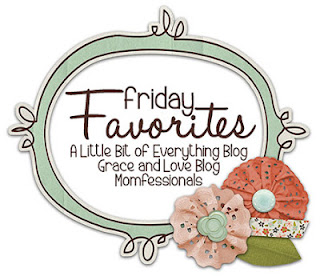 http://www.momfessionals.com/2015/11/friday-favorites-ornament-giveaway.html