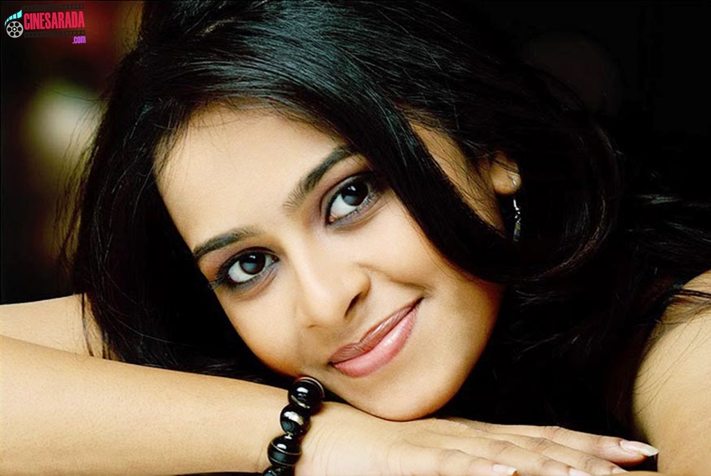 Matchless message, Tamil actress sri divya nude image sorry