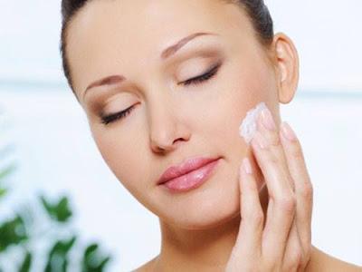 الخلايا الجذعية اصحبت الان تحقق حلم الشباب الدائم,نضارة البشرة بياض الوجه كريم مرطب ملطف,skin care