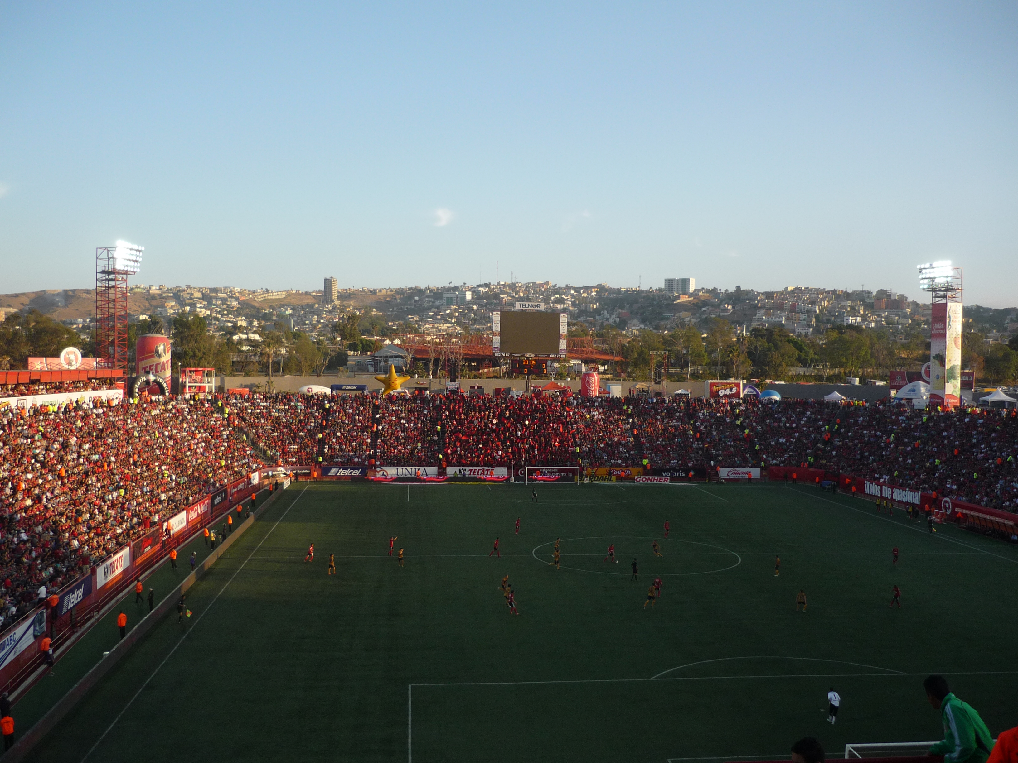 199 Are Drogba Estadio Caliente
