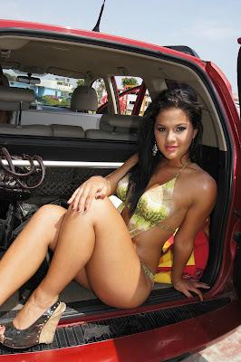 Yolanda Medina Katty Garcia Geraldine Ginocchio Emily Vargas annabel torres Las Alma Bella disfrutando del sol y la playa!!