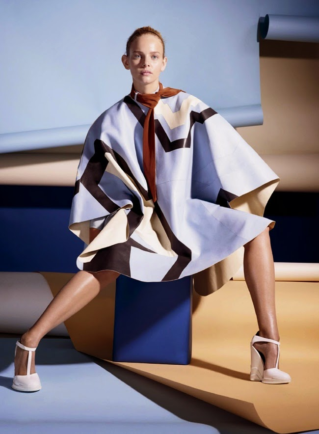 Tod's 2014 AW Light Blue Graphic Cape Editorials
