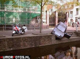 najsmjesnije slike sa autima, auto parking