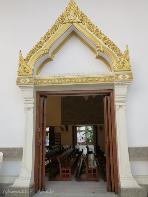 Thai-styled door of Holy Redeemer Church, Bangkok