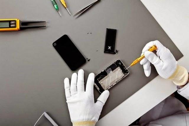 Đội ngũ bí mật đứng sau dây chuyền sửa lỗi của Apple