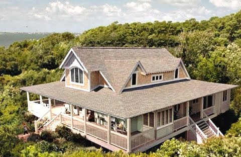 Emily Thorne beach house tour on Hooked on Houses
