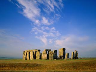 Stonehenge, Wiltshire, England Desktop Wallpaper