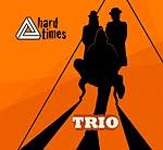 trzech facetów siedzi, jeden śpiewa, a czasem wszyscy trzej;)